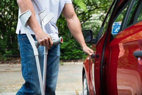 Льгота по ОСАГО инвалидам в 2020 году: размер компенсации, как оформить