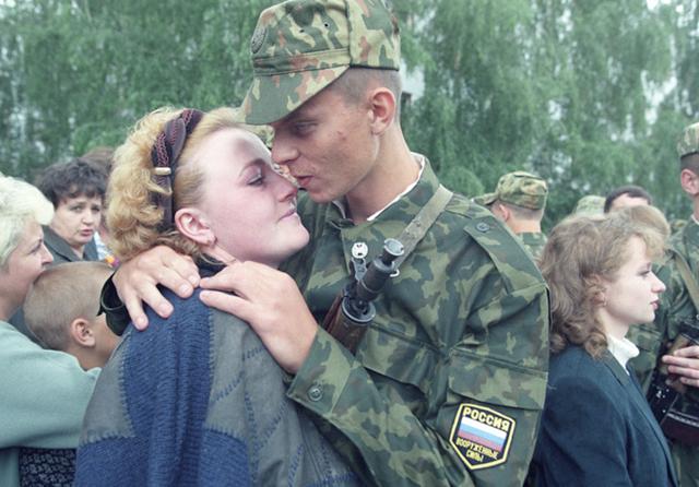Пособие женам военнослужащих по призыву: документы, заявление