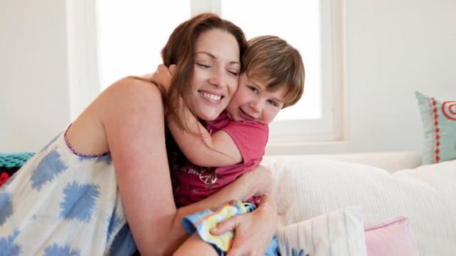 Пособие по безработице многодетным семьям и матерям (размер, как получить) в 2020 году