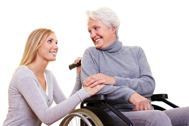 Пособие по уходу за инвалидом 2 группы: размер, льготы, как оформить
