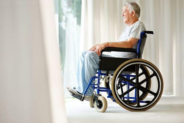 Доплата к пенсии инвалидам 1 группы в 2020 году