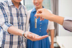 Кому и на каких условиях выдается компенсация за найм жилья в 2020 году