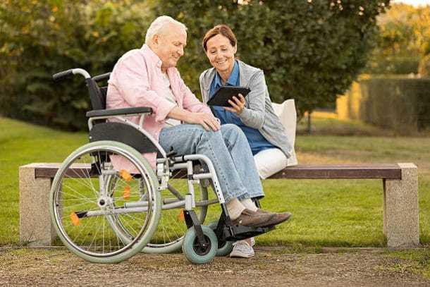 Социальное обслуживание пожилых и инвалидов на дому в 2020 году