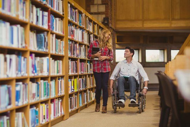 Льготы для инвалидов при поступлении в ВУЗ в 2020 году: как оформить