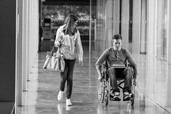 Алименты ребенку инвалиду после 18: размер, как получить